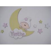 Maan met kindje en naam- geel/babyroze/geel