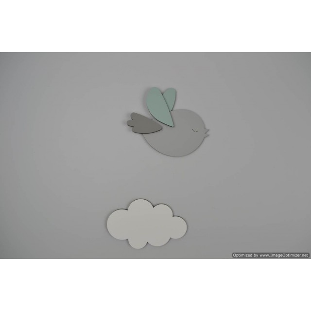 Vliegend lichtgrijs vogeltje met wolkje (L)